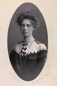 Флос Грейг, первая в Австралии женщина-адвокат и новатор.